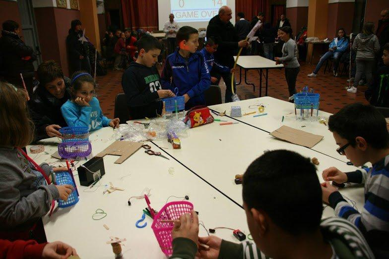 Family Creative Learning: children and their parents learn and code together through the use of creative technologies